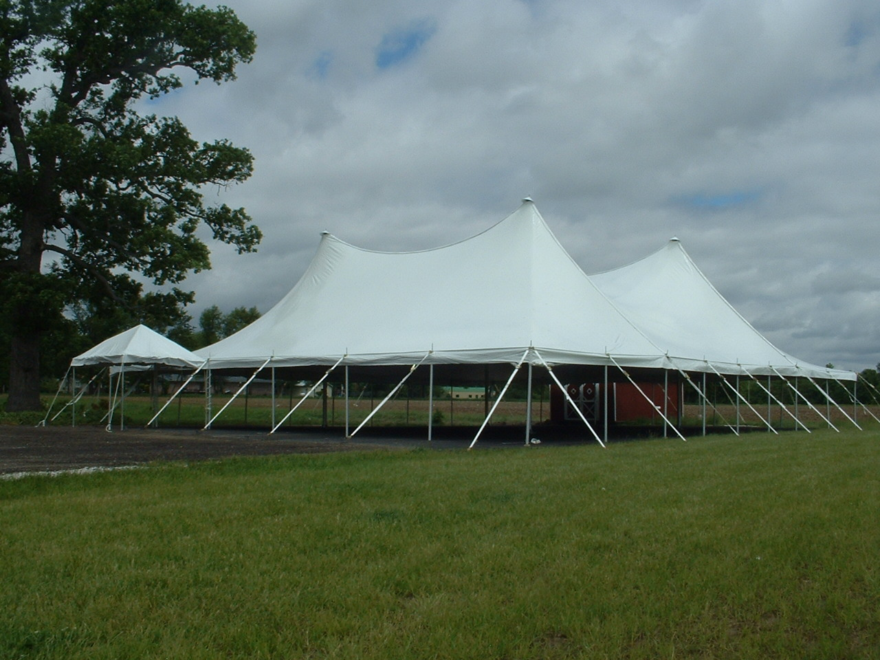 Buena Vista Farms, Chapin, IL, 60×70 EuroTent with 10x10 Celebration Frame Entrance Tent